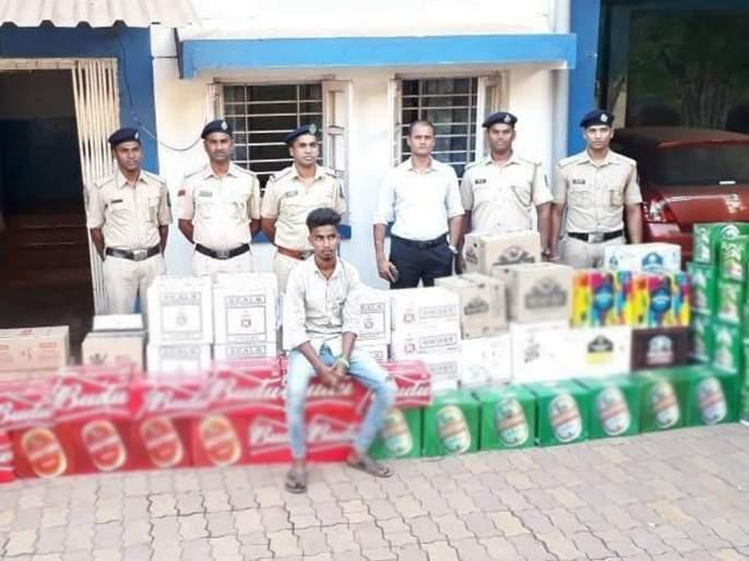 huge stock of liquor and 1 75 crore cash seized in goa | निवडणुकीच्या पार्श्वभूमीवर पावणे तीन लाखांची दारु, दोन कोटींची रोख जप्त
