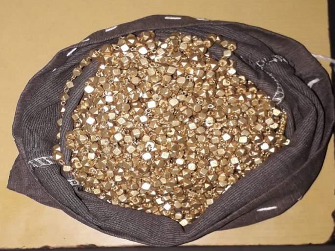 5 lakh cheating couple for giving false gold in kaij | खोटे सोने देऊन दांपत्याची ५ लाखाची फसवणूक