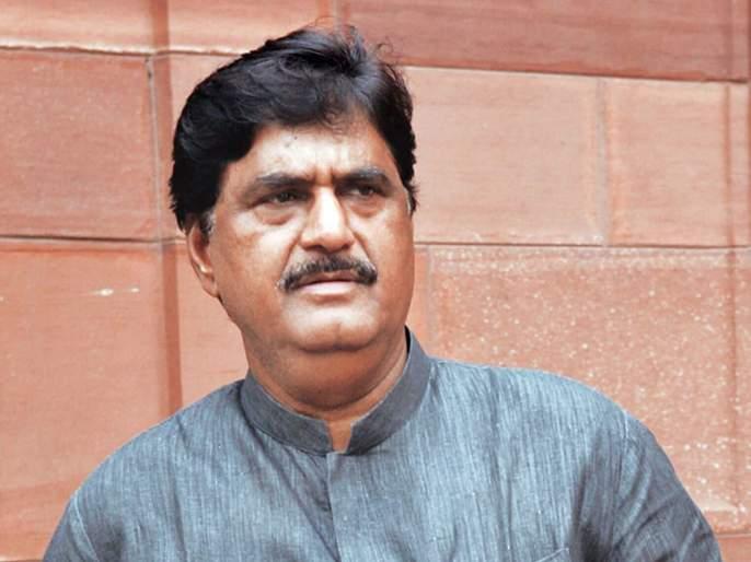 Today is the birth anniversary of Gopinath Munde | … अन् गोपीनाथ मुंडेंच्या रूपाने ऊसतोडणी कामगारांना मिळाला राजकीय चेहरा