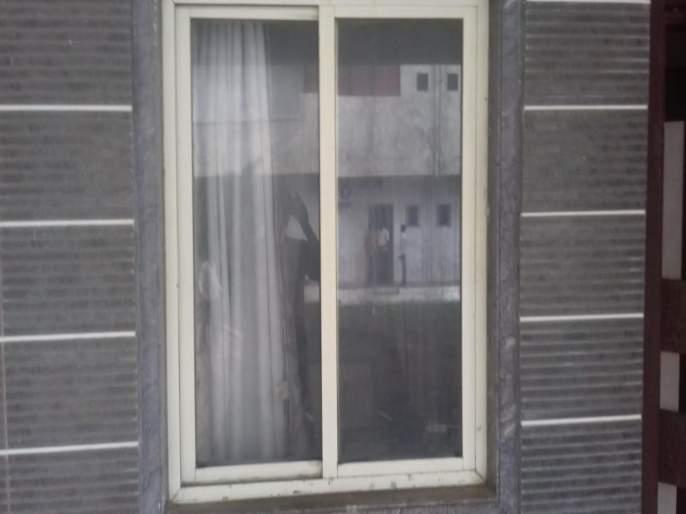 Sensational! Thieves robbed the BJP leader's house | खळबळजनक! भाजप नेत्याचे घर चोरट्यांनी फोडले