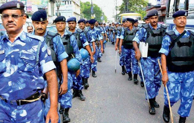 Rapid Action Force calls for immersion procession in Jalgaon | जळगावात विसर्जन मिरवणुकीसाठी प्रथमच मागविली रॅपीड अॅक्शन फोर्स