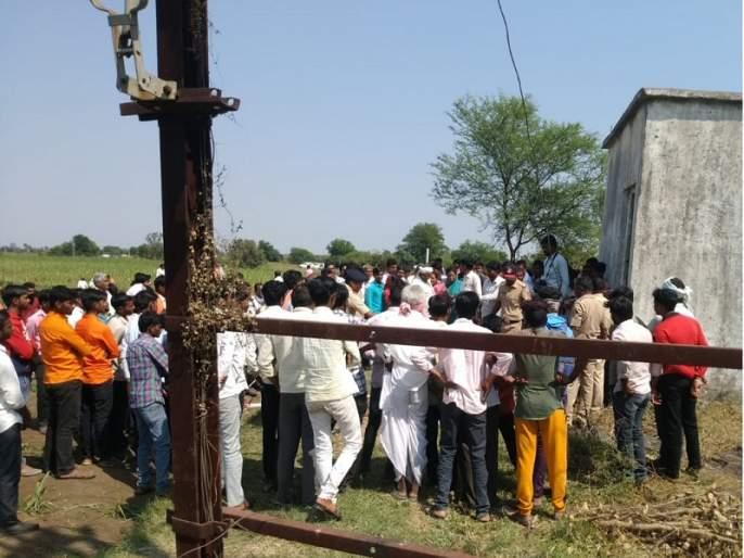 Farmer's throat slaughtered by sand mafia in Hadgaon | धक्कादायक ! वाळू माफियाकडून शेतकऱ्याची कोयत्याने गळा चिरून हत्या