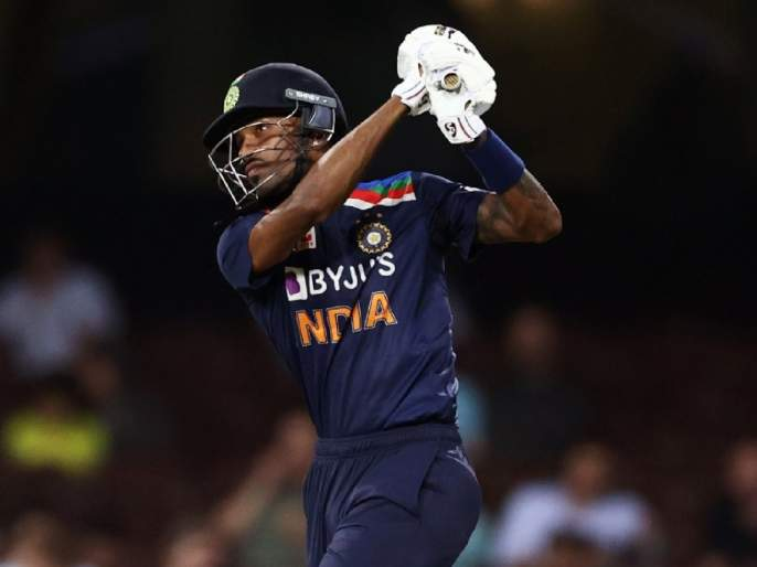 India vs Australia : Hardik Pandya gone past 1000 ODI runs, Fewest balls taken to reach 1000 ODI runs   India vs Australia : पांड्या आला रे...! संकटात सापडलेल्या टीम इंडियासाठी हार्दिकची विक्रमी खेळी, जगात पाचवा