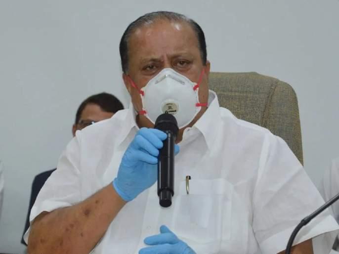 Coronavirus: Ahmadnagar Ministers, MLAs trust the government health system | Coronavirus: पालकमंत्र्यांना सांगायची वेळ का यावी? जिल्ह्यात ३ मंत्री पण एकही मदतीसाठी पुढं आला नाही