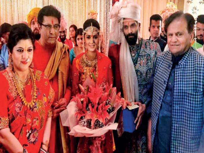 MNS chief Raj Thackeray has also paid tributes to Congress leader Ahmed Patel | अहमद पटेल यांचा 'तो' अनुभव मी देखील घेतला; राज ठाकरेंनी सांगितली आठवण