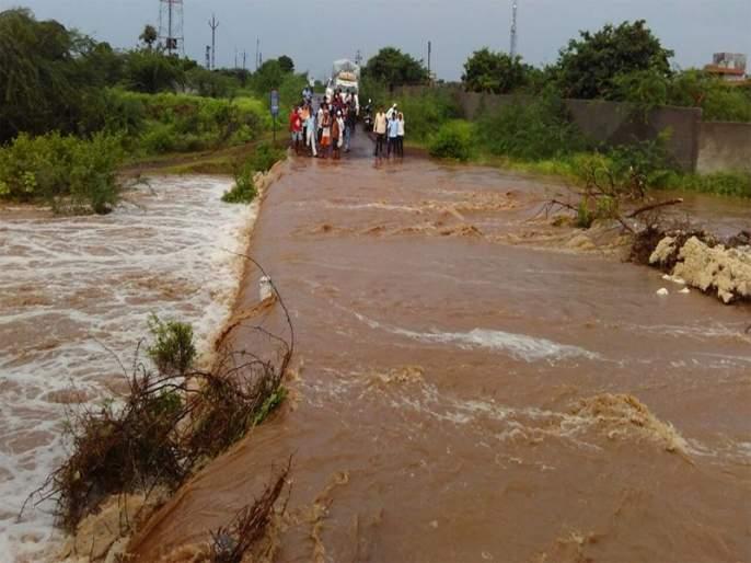 Matheran recorded record rainfall | माथेरानमध्ये विक्रमी पावसाने वाताहत