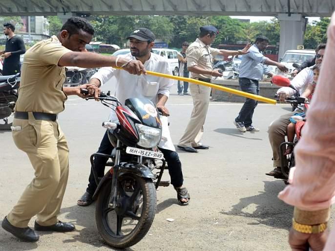 Action on 5 million bikers in four months who not use Helmet, Recovery of 8 crores | राज्यात चार महिन्यात 5 लाख विनाहेल्मेट दुचाकीस्वारांवर कारवाई; 8 कोटींची वसूली