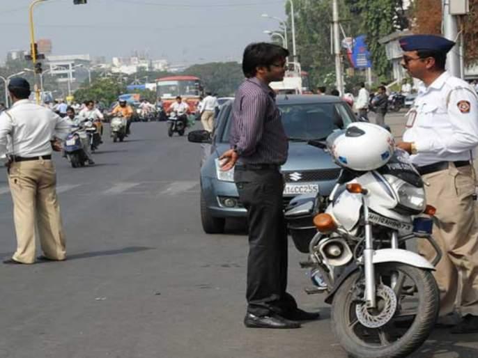 vehicle rule 15km helmet for bike in india fact check | घरापासून 15 किमी अंतरापर्यंत आता हेल्मेटची गरज नाही?, जाणून घ्या 'त्या' व्हायरल मेसेजमागचं सत्य
