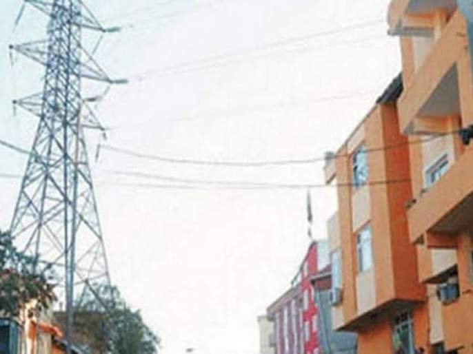 Remove illegal construction near the hitension line: High court order to NMC | हायटेन्शन लाईनजवळची अवैध बांधकामे हटवा : हायकोर्टाचा मनपाला आदेश