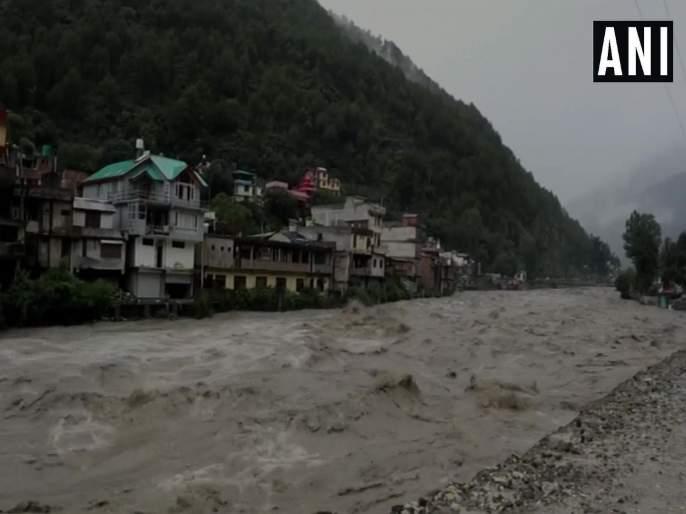 flood situations made lives in trouble in himachal and uttrakhand many people died | हिमाचल प्रदेश, उत्तराखंडमध्ये 'जलप्रलय'; 31 जणांचा मृत्यू