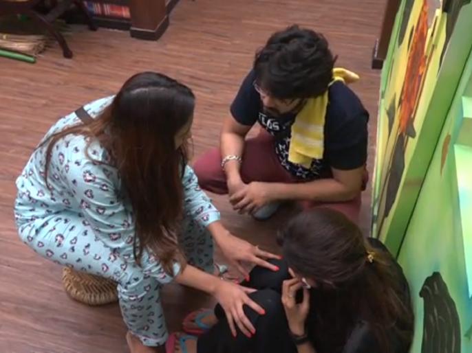 Heena panchal cried in bigg boss house | बिग बॉस मराठी २ : घरात का ढसाढसा रडायची वेळ आली हिना पांचाळवर?