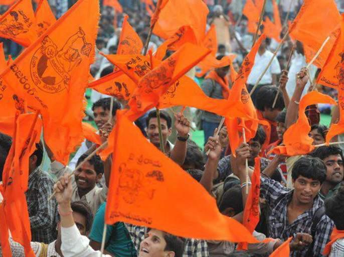 Support of Hindutva to Indorekar Maharaj's fame   इंदोरीकर महाराजांच्या कीर्तनावरुन कोल्हापूरात वादंग; हिंदुत्ववादी आणि पुरोगामी संघटना आमनेसामने