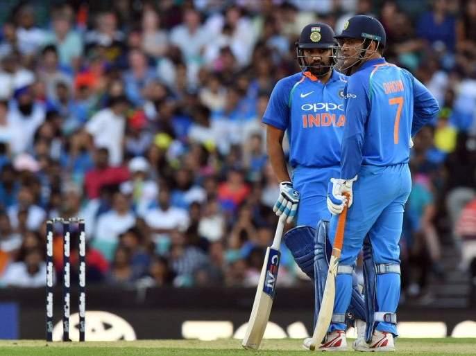 India vs Australia ODI : Hitman Rohit Sharma learning the floss dance | India vs Australia ODI : हिटमॅन रोहित शिकतोय 'floss' डान्स; पाहा व्हिडिओ