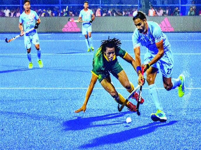 India made five goals in the first match of the tournament   यजमान भारताने पहिल्याच सामन्यात लावला पाच गोलचा धडाका