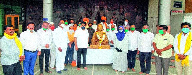 We will erect a memorial of Ahilya Devi Holkar | अहिल्यादेवी होळकर यांचे स्मारक उभारू : सतेज पाटील