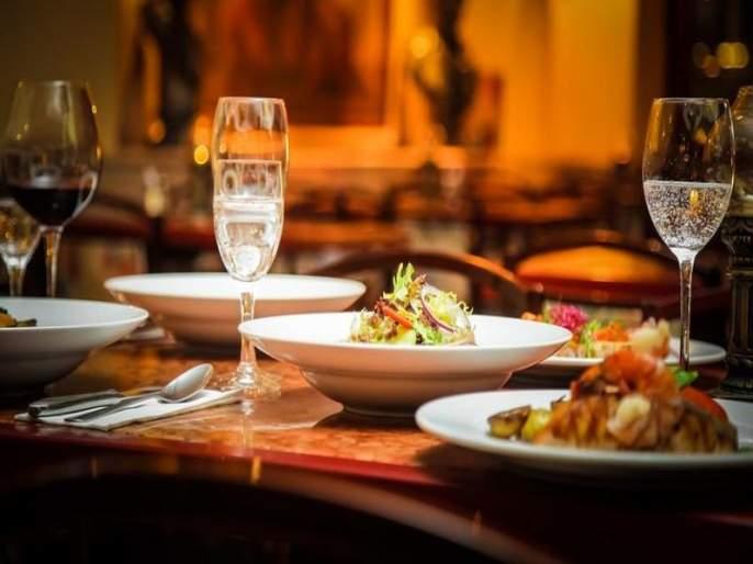dubai restaurants offers huge discounts to customers taking corona vaccine | भारीच! कोरोनाची लस घेतलेल्या ग्राहकांना मिळणार खास डिस्काऊंट; रेस्टॉरंटने सुरू केली हटके ऑफर