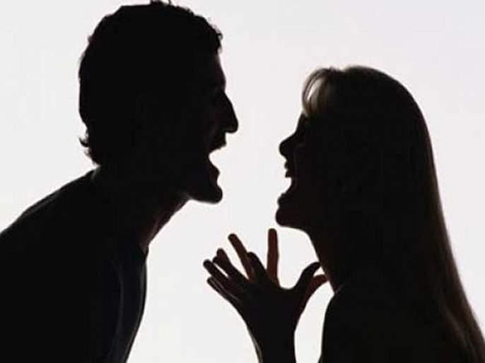Husband-wife quarrel leads to suicide of two members of two families, death of four on the same day | नवरा-बायकोच्या भांडणात दोन कुटुंबातील दोघांच्या आत्महत्या, एकाच दिवशी चौघांच्या मृत्यूने खळबळ