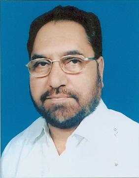 Modi not targeted by Muslims, but Muslim targets in the country - Hussein Dalwai | मोदींकडून पाकिस्तान नव्हे, देशातील मुस्लीमच लक्ष्य - हुसेन दलवाई