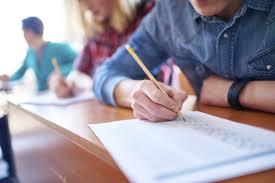 On the eighth day, 1500 students took the offline exam | आठव्या दिवशी १५०० विद्यार्थ्यांनी दिली ऑफलाईन परीक्षा