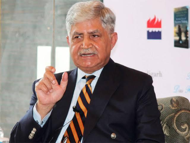 General Vp Malik Says 30 Years Old Ammunition Sold To India During Kargil War | कारगिल युद्धावेळी इतर देशांनी भारताला लुबाडलं; तत्कालीन लष्करप्रमुख व्ही.पी. मलिकांचा खुलासा