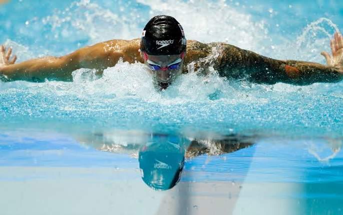 'Swimming' for happiness and fitness | प्रसन्नता आणि तंदुरुस्तीसाठी 'स्विमिंग'