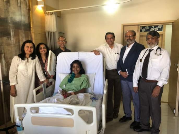 mother gave new life to orphan daughter | दत्तक मुलीला आईकडून जीवनदान