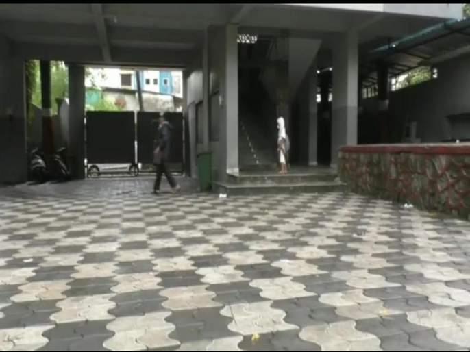 Suicide of 10th class jumping from fifth floor of school and had suicide | दहावीच्या विद्यार्थिनीची शाळेच्या पाचव्या मजल्यावरुन उडी मारुन आत्महत्या
