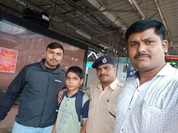 Went on to tution and disappeared; Missing boy from Dombivali station found at nashik | शिकवणीसाठी गेला अन् गायब झाला; डोंबिवली स्टेशनवरुन गायब झालेला मुलगा सापडला नाशिकला
