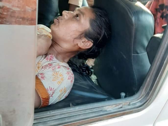 Sakhi brother pushed his sister into the well | सख्या भावाने बहिणीला ढकलून दिले विहिरीत