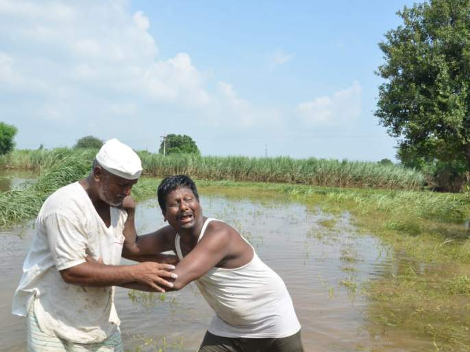 We are social ... not helpless; The story after the flood | सोशिक आहोत...लाचार नाही; महापुरानंतरची कहाणी