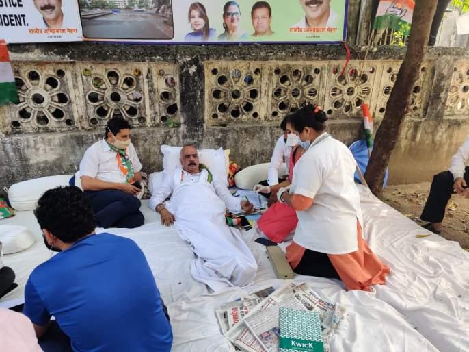 Corporator's death hunger strike, mujaffar hussain critics on rulling party | नाल्याचे बांधकाम उंच करण्याचा घाट घातल्याने नगरसेवकाचे आमरण उपोषण