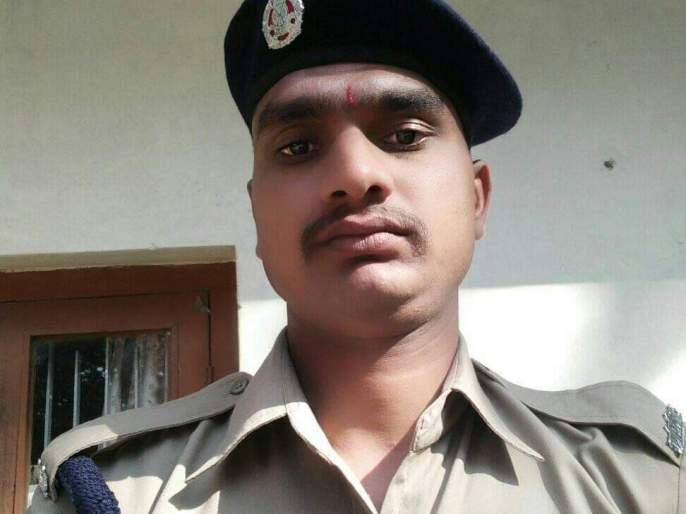 A soldier from Shindi in Chalisgaon taluka died while undergoing treatment at Nashik | चाळीसगाव तालुक्यातील शिंदी येथील जवानाचा नाशिक येथे उपचारा दरम्यान मृत्यू