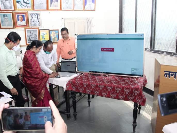 In Pandhar, 892 people will get their rightful home; The software denied 22 people   पंढरीत ८९२ लोकांना मिळणार हक्काचे घर; सॉफ्टवेअरने नाकारले २२ जणांना