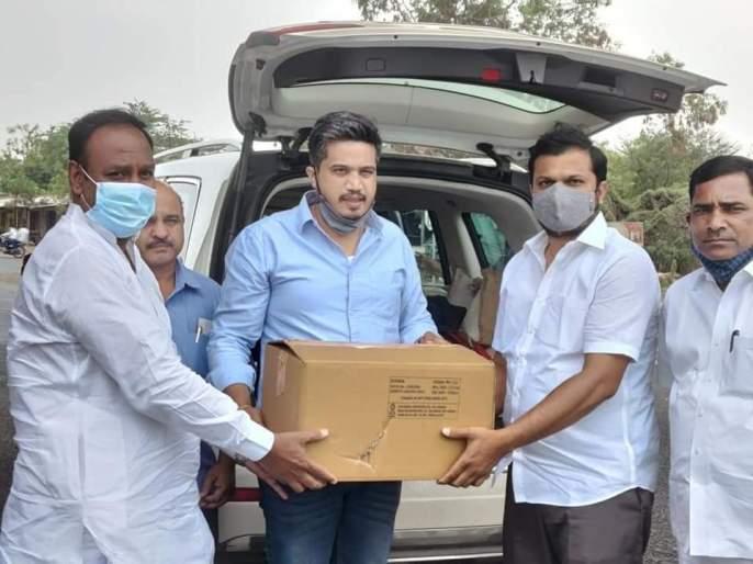 Sharad Pawar's help to Solapurkars; 75 Remedacivir injections for coronary artery disease | शरद पवारांची सोलापूरकरांना मदत; कोरोनाबधितांसाठी दिले ७५ रेमडेसिविर इंजेक्शन