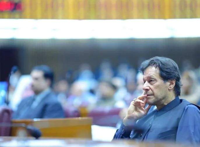 7 lakh crore spend on terrorists in training given by america; Imran Khan's allegation on america   दहशतवाद्यांना प्रशिक्षण, सात लाख कोटी रुपये दिले; इम्रान खान यांचा खळबळजनक खुलासा