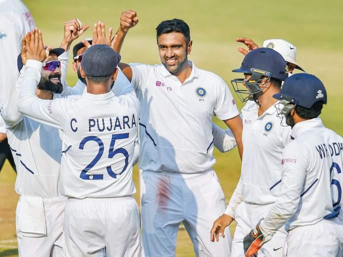 India Vs Bangladesh 1st Test: Bangladesh batsman surrenders | India Vs Bangladesh 1st Test : बांगलादेश संघाची शरणागती, शमीसह गोलंदाजांचा भेदक मारा