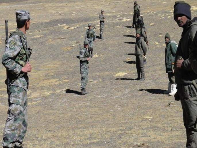 indian Chinese Soldiers Scuffle In Ladakh raises tension | लडाखमध्ये भारत-चीनचे सैनिक आमनेसामने; धक्काबुक्कीमुळे तणाव वाढला