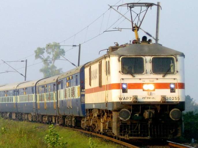 Ganpati special trains will leave Western Railway | पश्चिम रेल्वे सोडणार गणपती विशेष गाड्या
