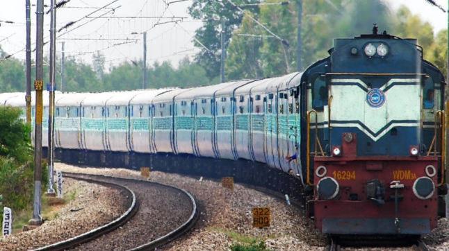 In Railways' 100-Day Plan: Reducing Travel Time By 5 Hours | रेल्वेचं मिशन 100; प्रवासासाठी लागणारा वेळ कमी करणं लक्ष्य