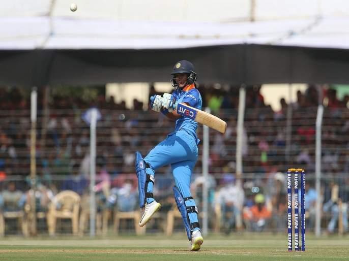 Not India, Australia favorites in T20 women world cup 2020, say Harsha Bhogle   ट्वेंटी-20 वर्ल्ड कप स्पर्धेत भारत नव्हे तर ऑस्ट्रेलिया फेव्हरिट; हर्षा भोगले