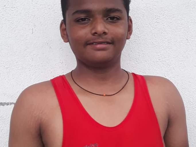 Indrajit Lovati, Kaveri Aher selected for state level school wrestling | इंद्रजीत लोणारी, कावेरी आहेर यांची राज्य स्तरीय शालेय कुस्ती स्पर्धेसाठी निवड