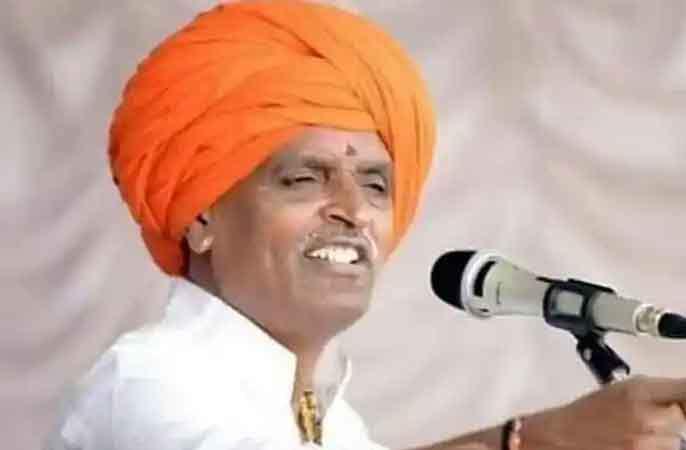 No statement that women will be insulted! Nivruti Maharaj's reply to Trupti Desai's notice | महिलांचा अपमान होईल असे वक्तव्य केले नाही! निवृत्ती महाराज यांचे तृप्ती देसाई यांच्या नोटिशीला उत्तर