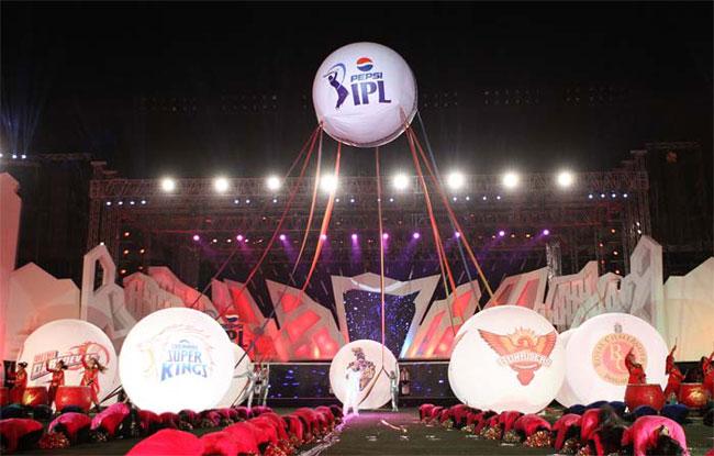 IPL auction for the 2020 season set to take place in December | IPL 2020साठीच्या लिलावाचा मुहूर्त ठरला; फ्रँचायझींसाठी मोठी खूशखबर