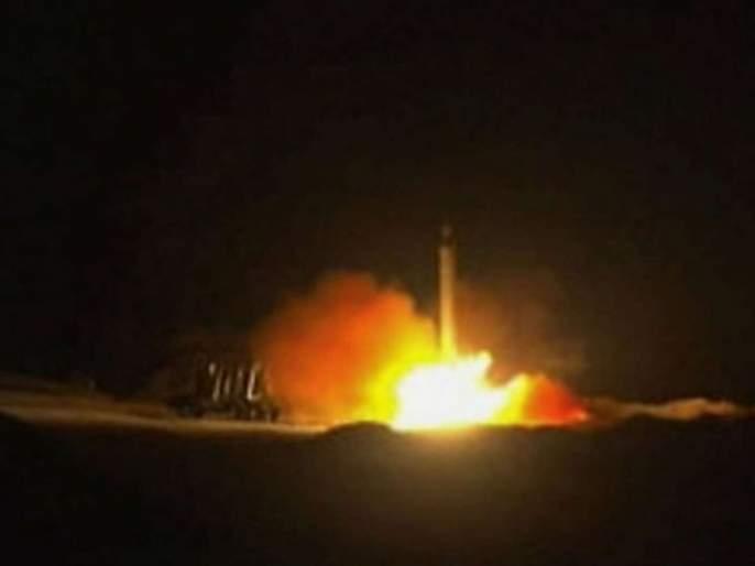 Iran re-launches rocket attack on US base in Iraq | इराणचा अमेरिकेच्या इराकमधील तळांवर पुन्हा रॉकेट हल्ला, चार जण जखमी