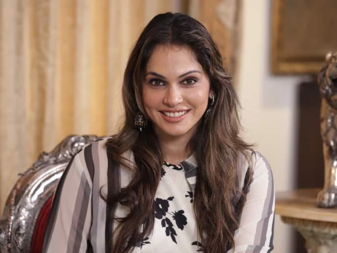 Isha Koppikar claims that many actresses reached the top with the help of casting couch | खळबळजनक! कास्टिंग काउचच्या मदतीने बऱ्याच अभिनेत्री पोहचल्या टॉपवर, ईशा कोप्पीकरचा दावा