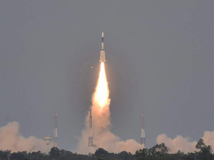 Sri Lanka and Nepal left the satellite in space | श्रीलंका, नेपाळ यांनी अंतराळात सोडले उपग्रह