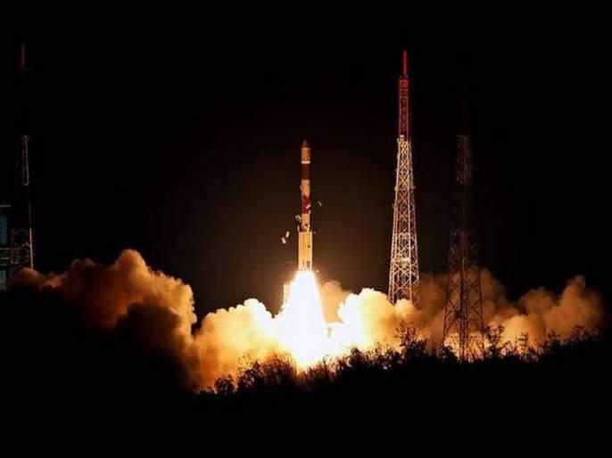 After Mission Chandrayaan 2 Isro Mission Venus sun On Isro Planetary Travel | इस्रो मिशन मोडमध्ये; चांद्रयान 2 नंतर सूर्य, शुक्राकडे भरारी