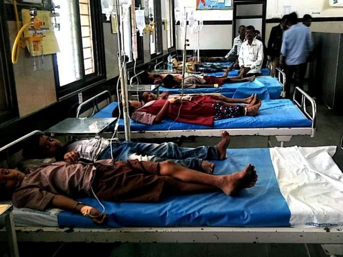 Poisoning of 14 students by eating castor seeds; Incidents of a zp school at Bathan | एरंडीच्या बिया खाल्याने १४ विद्यार्थ्यांना विषबाधा; बठाण येथील जिप शाळेतील घटना