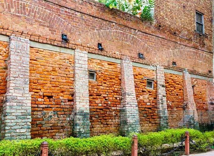 Jallianwala Bagh massacre: Beginning of the end of British rule, 102nd Smatidin; The British recorded only 379 deaths | Jallianwala Bagh massacre:: ब्रिटिश राजवटीच्या अंताला प्रारंभ, १०२ वा स्मतिदिन; ब्रिटिशांनी केली होती फक्त ३७९ मृत्यूंची नोंद
