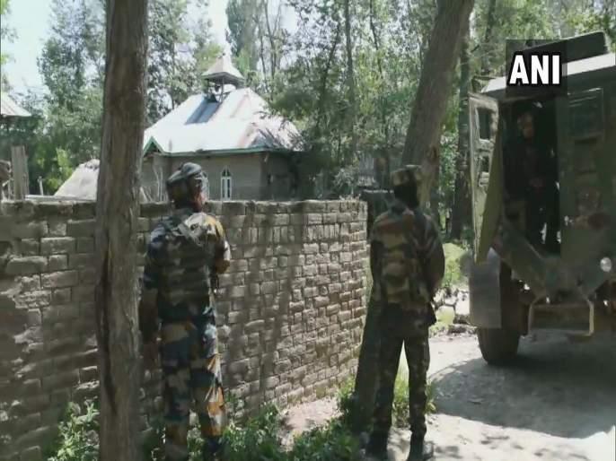 Pulwama encounter Two terrorists killed, arms & ammunition recovered | Jammu And Kashmir : पुलवामा चकमकीत दोन दहशतवाद्यांचा खात्मा